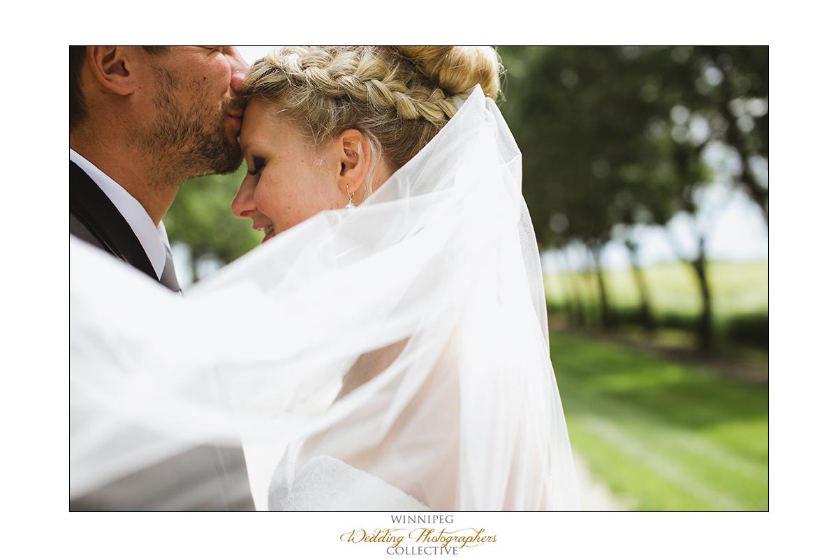 Brent&Erica_Wedding_Reanne_Altona_019.jpg