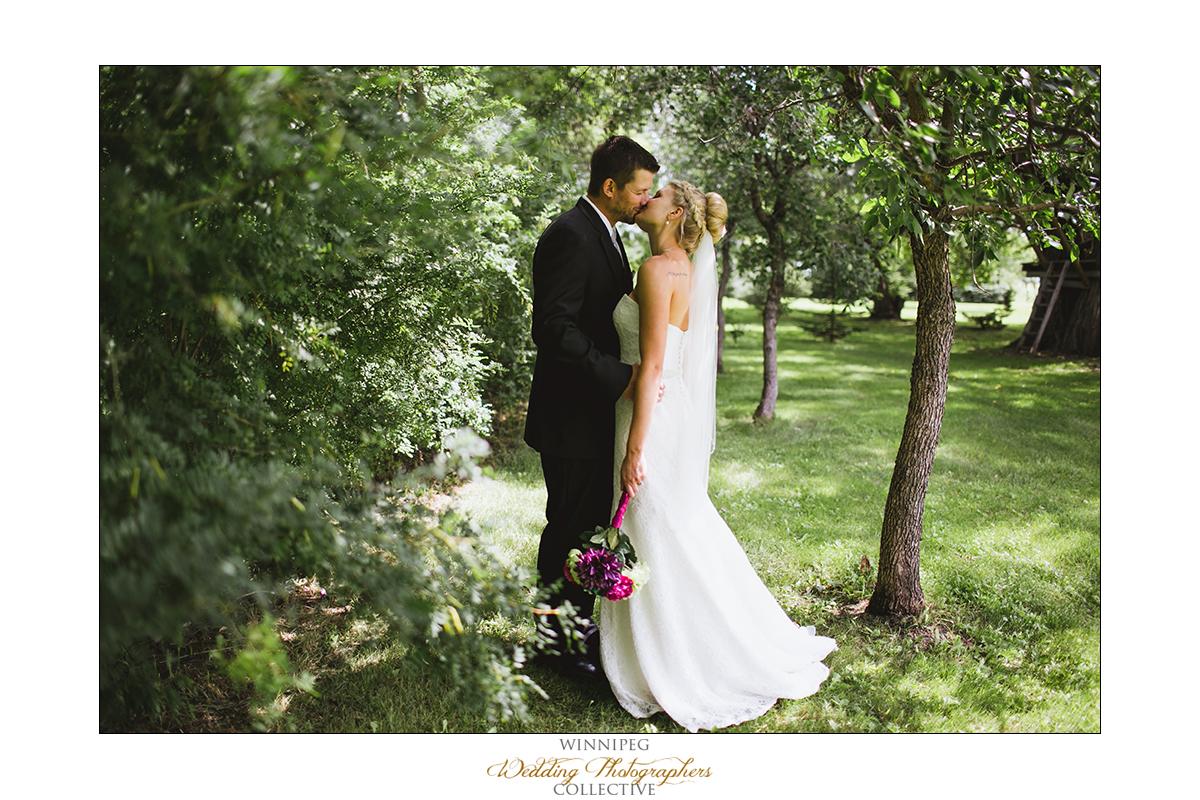Brent&Erica_Wedding_Reanne_Altona_025.jpg