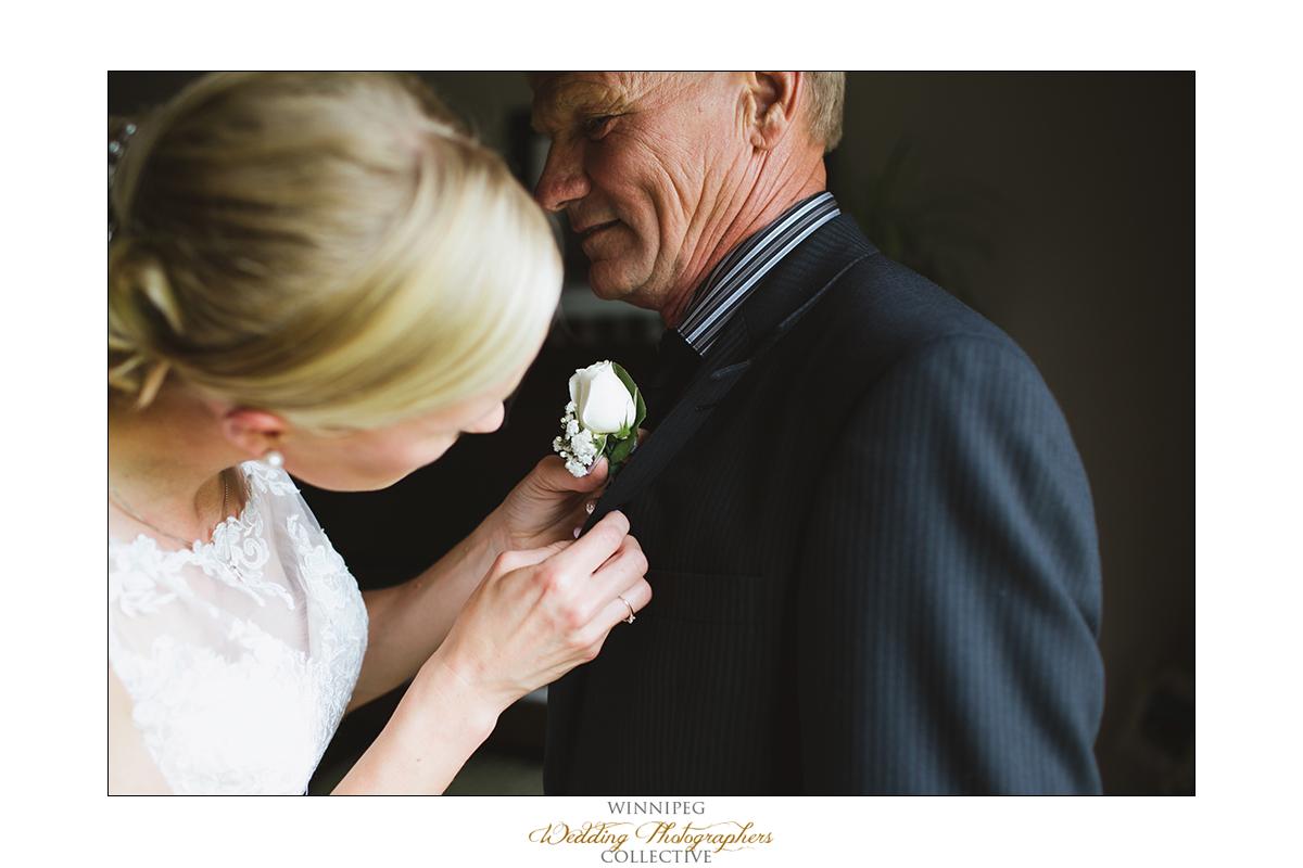 Dana&Rory_Reanne_Wedding_Winnipeg_03.jpg