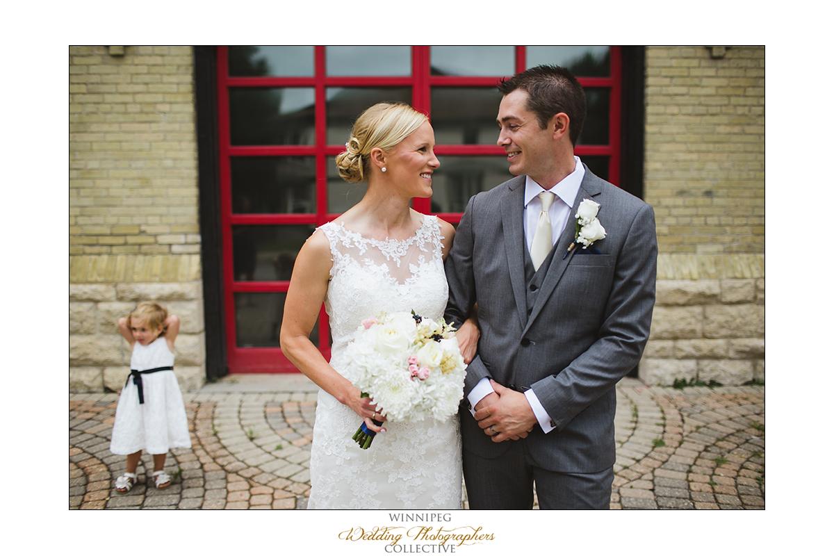 Dana&Rory_Reanne_Wedding_Winnipeg_015.jpg
