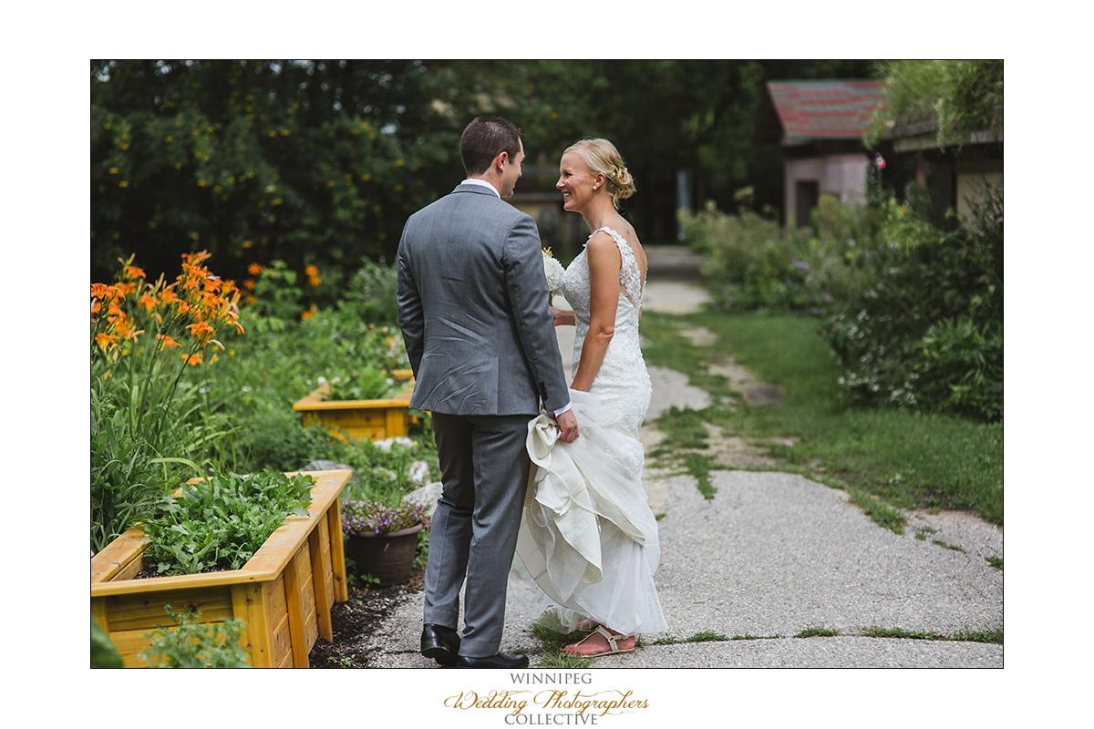Dana&Rory_Reanne_Wedding_Winnipeg_025.jpg