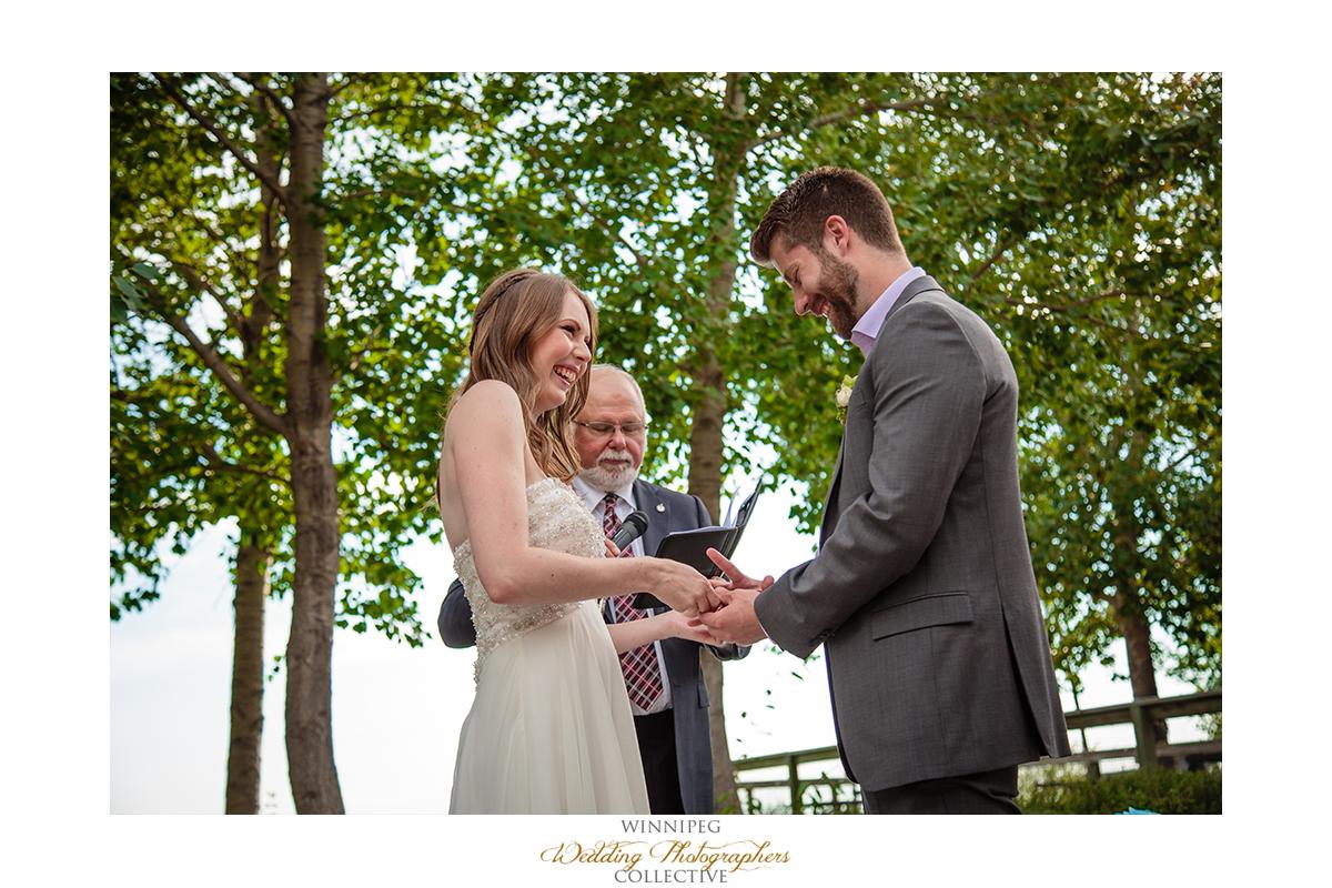 012_Fort Whyte Outdoor Summer Wedding Winnipeg Manitoba.jpg