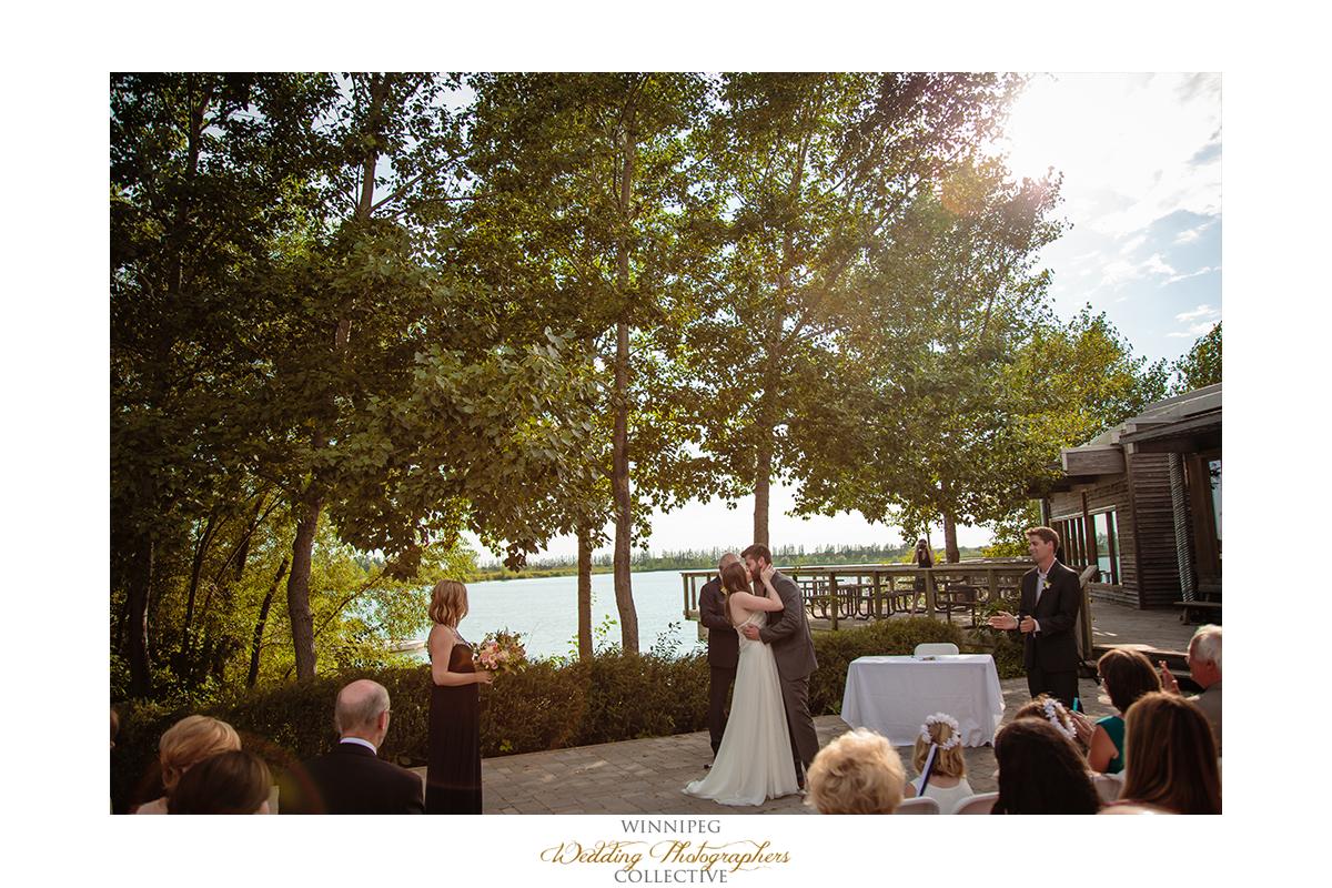 013_Fort Whyte Outdoor Summer Wedding Winnipeg Manitoba.jpg
