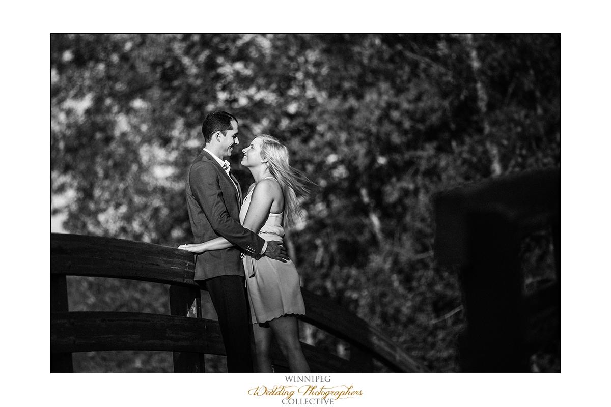 Engagement photos in Kings Park Winnipeg