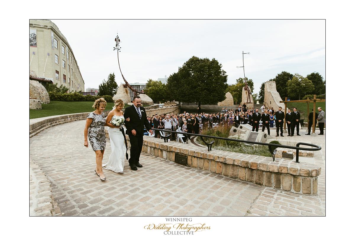 Ryan+Lindsay_Wedding_Forks_Reanne_024.jpg