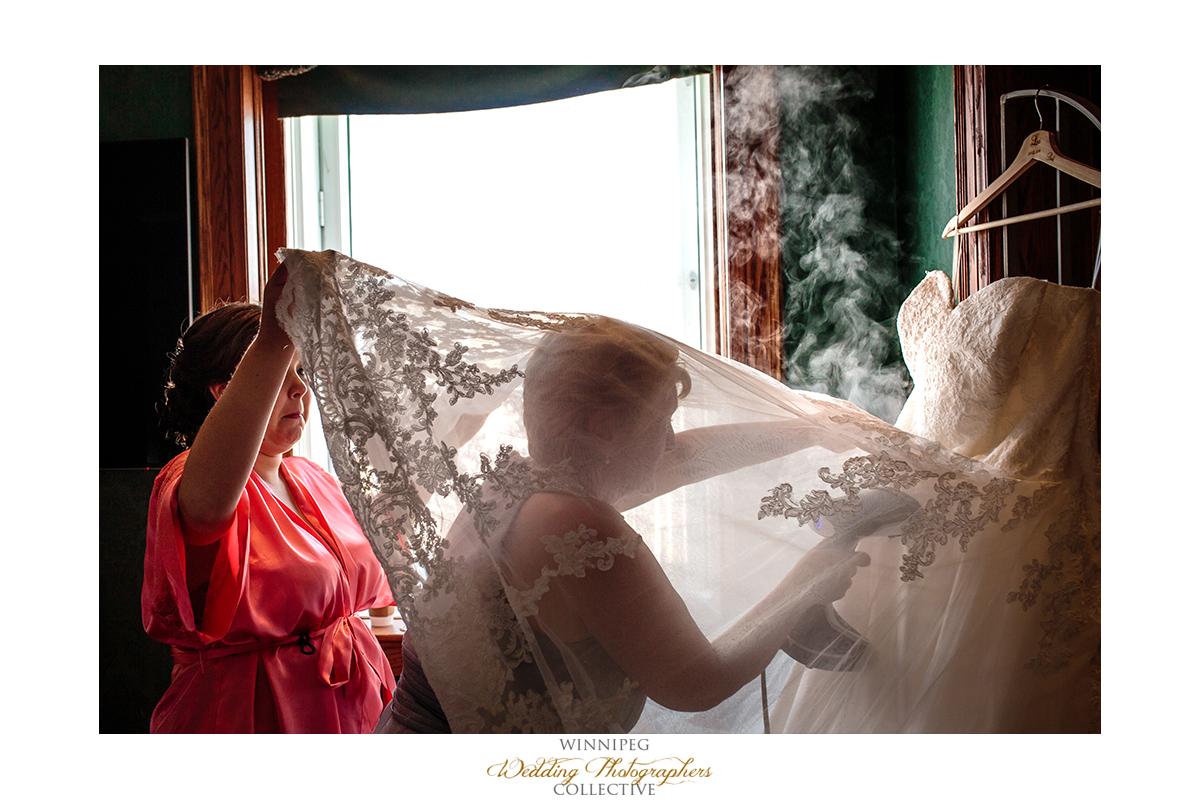 003_Fort Gibraltar Winnipeg Manitoba Wedding.jpg
