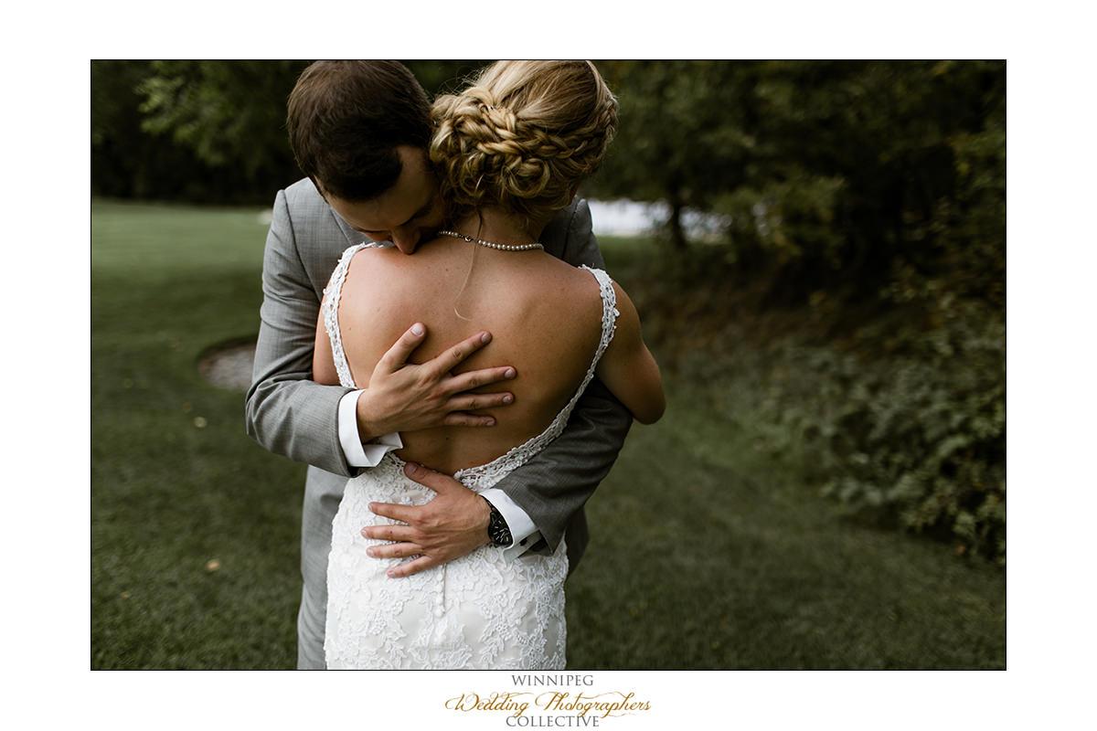 Amanda&Matt_Wedding_Bridges_Reanne_014.jpg