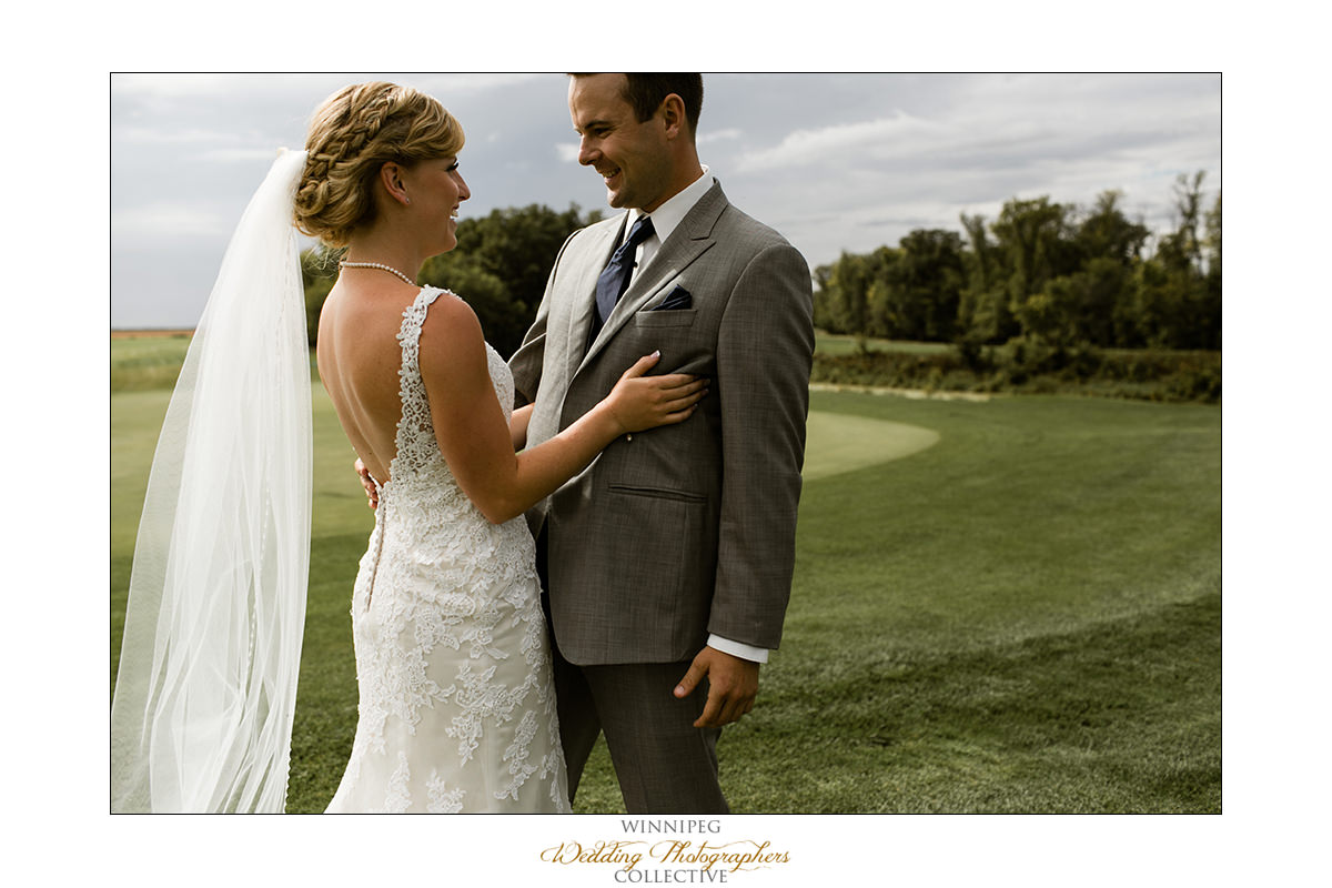 Amanda&Matt_Wedding_Bridges_Reanne_08.jpg