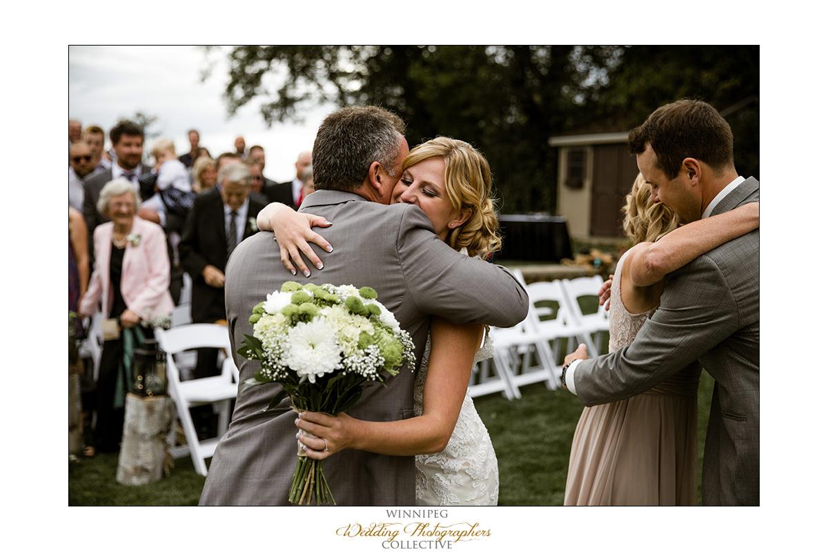 Amanda&Matt_Wedding_Bridges_Reanne_025.jpg