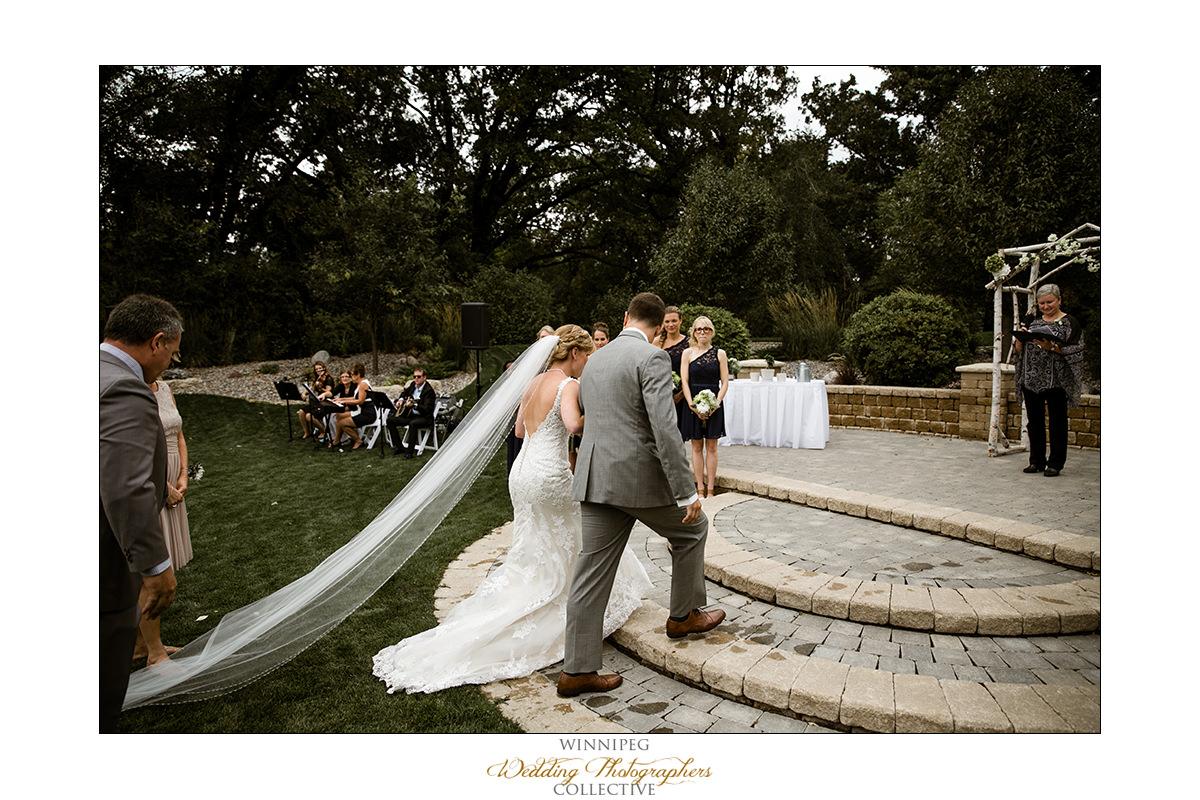Amanda&Matt_Wedding_Bridges_Reanne_026.jpg