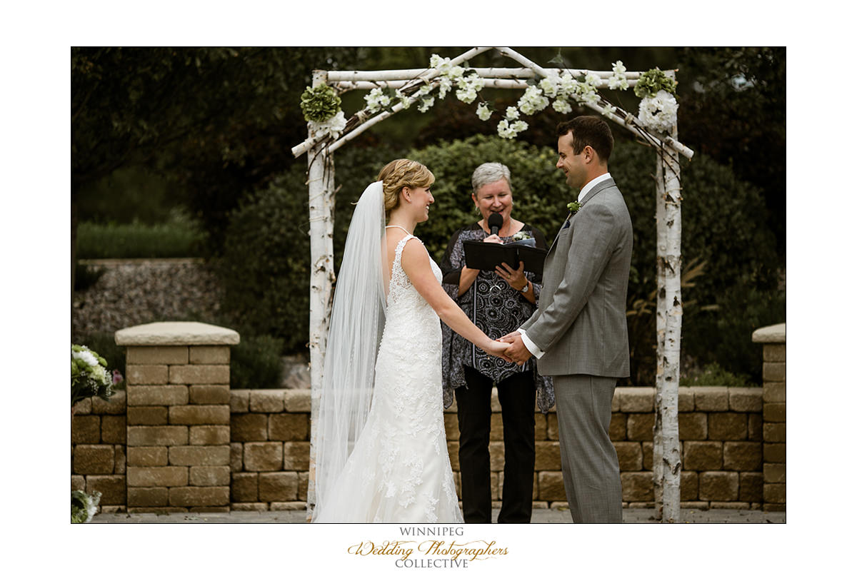 Amanda&Matt_Wedding_Bridges_Reanne_029.jpg