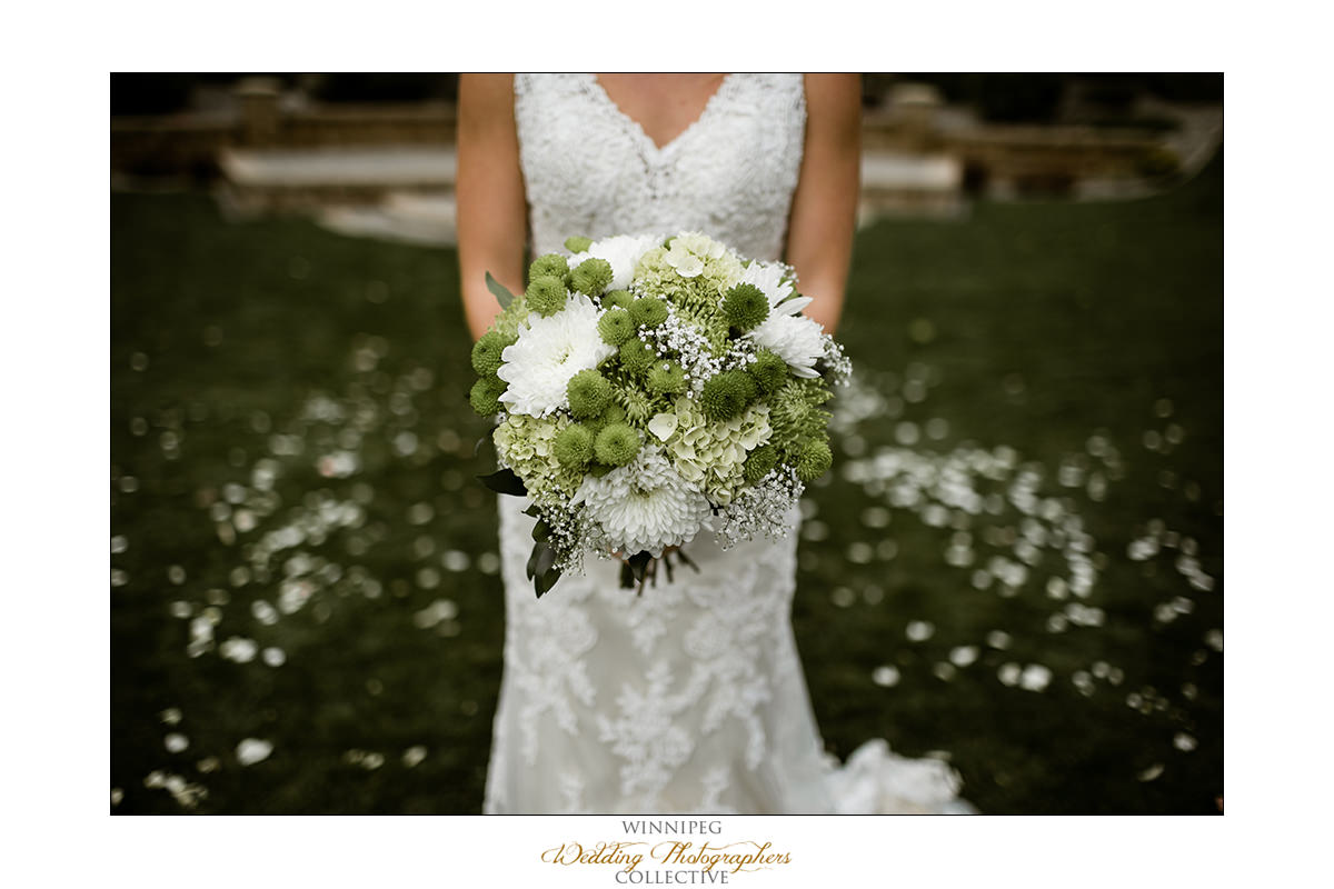 Amanda&Matt_Wedding_Bridges_Reanne_035.jpg