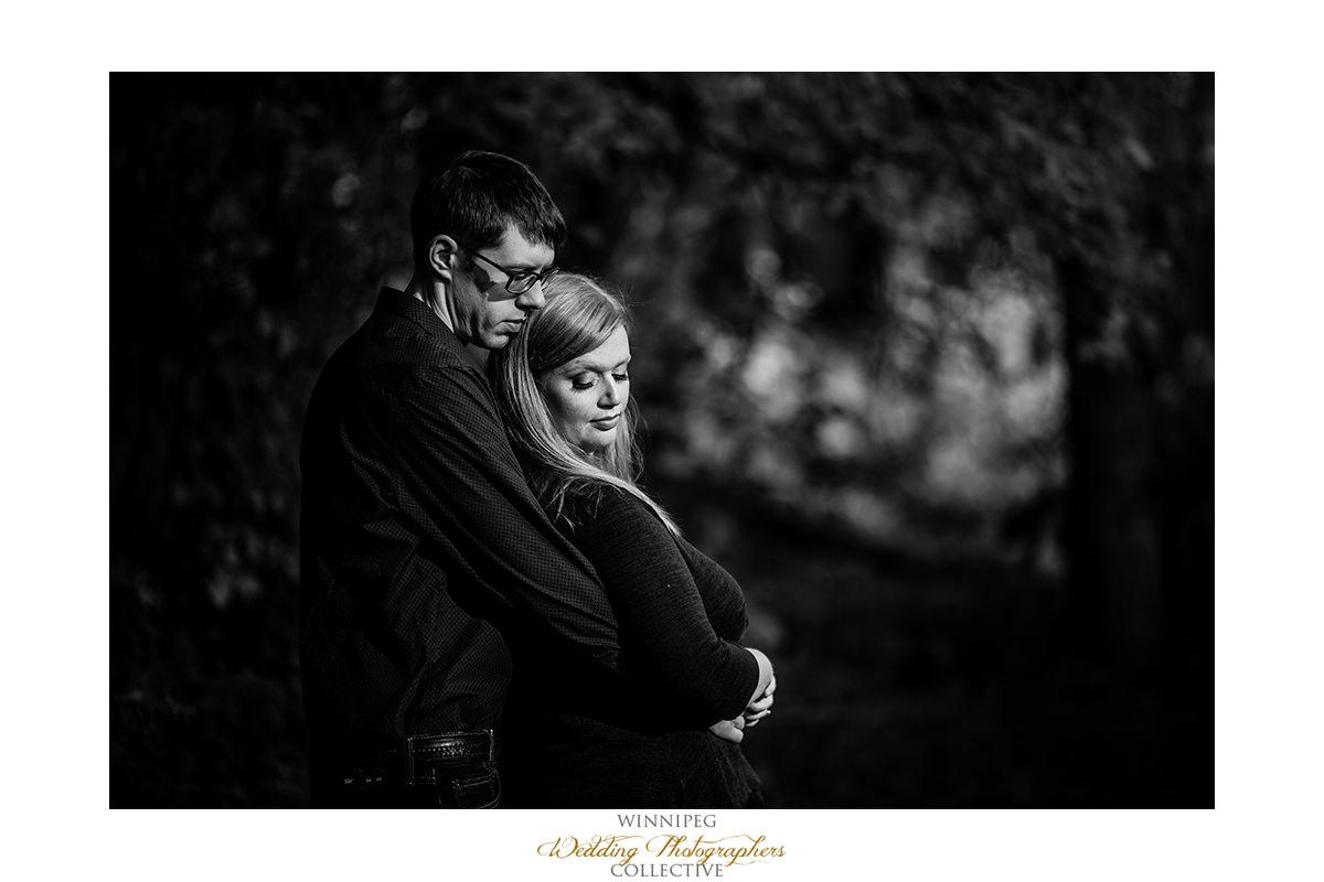 011_Lisa and Sean Autumn Fall Winnipeg Manitoba Park Engagement Shoot.jpg