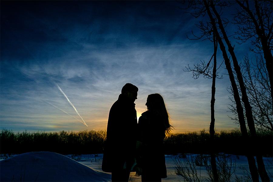 Winter engagement photos Winnipeg