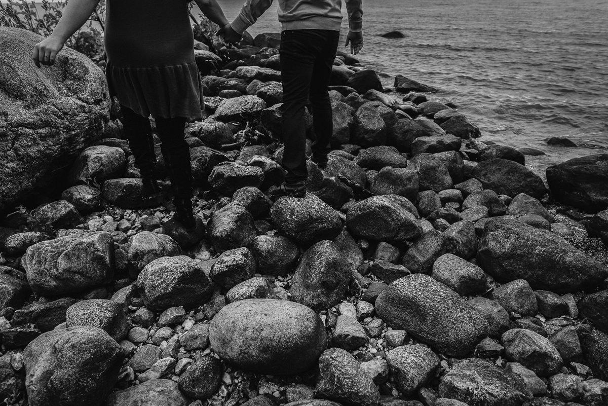 0010-lakeshore-manitoba-engagement-photos-brittany-david.jpg