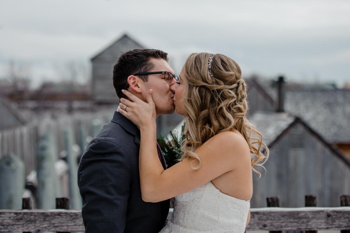 Winnipeg winter wedding photographer