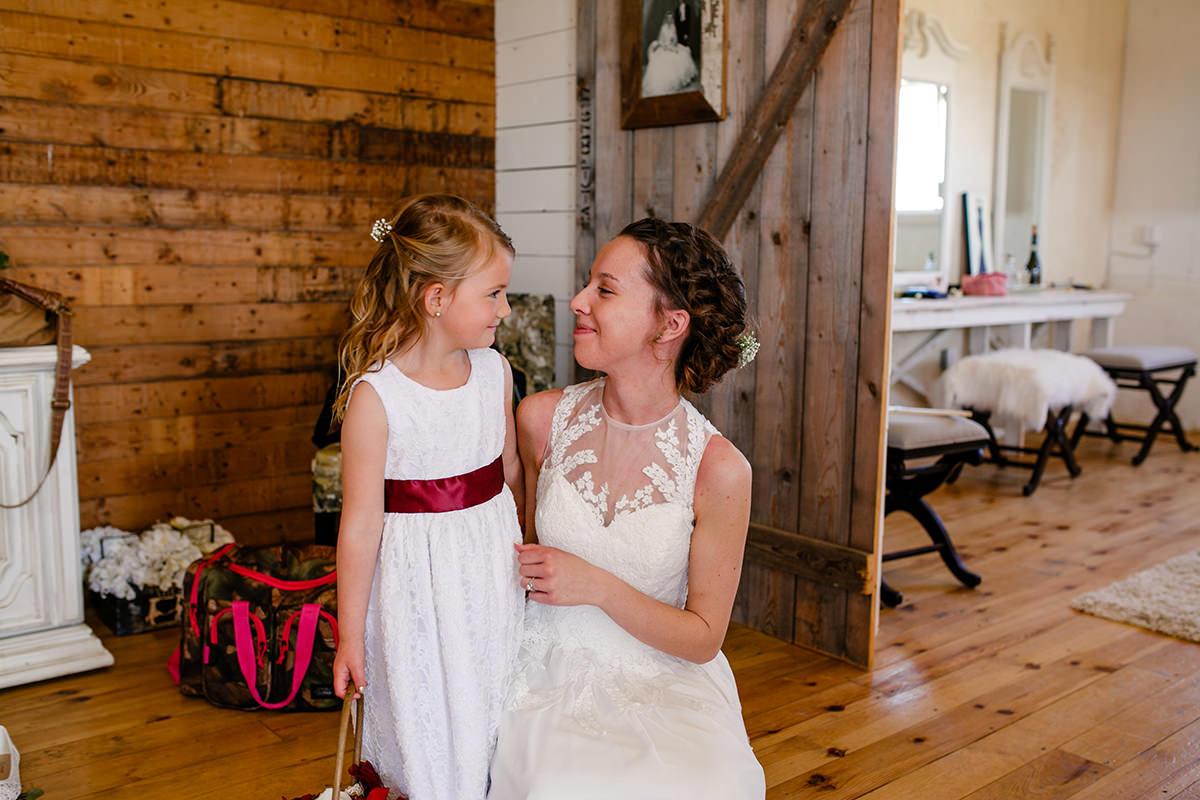 0004-steinbach-wedding-barn-sydney-alex.jpg