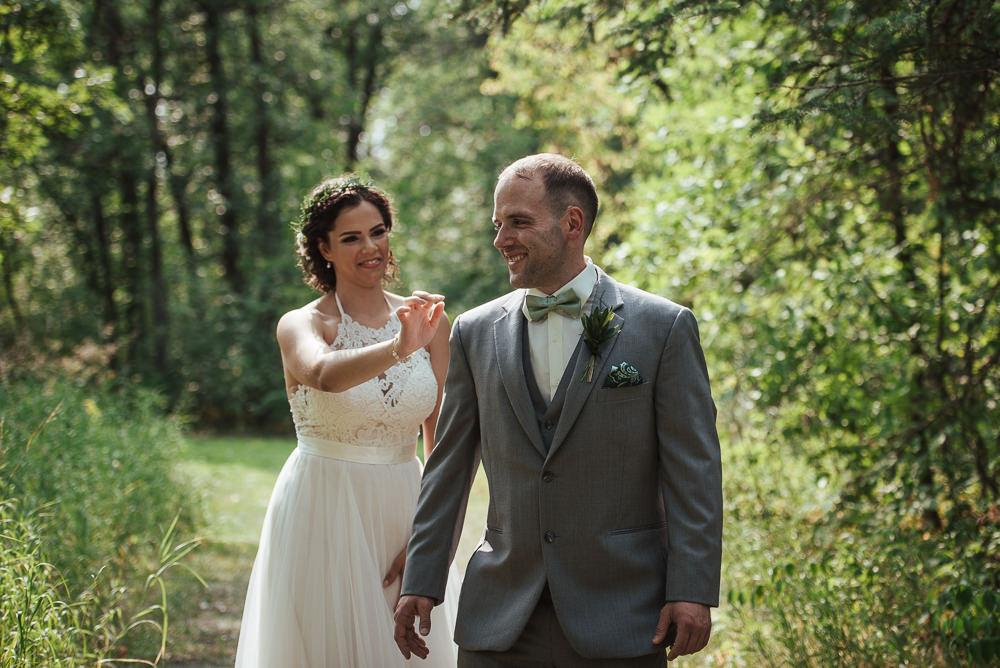 Sarah+Steve_Married_BackyardWedding(C)-07.jpg