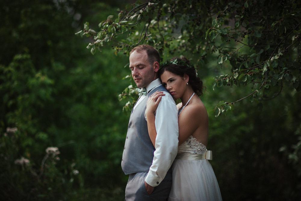 Sarah+Steve_Married_BackyardWedding(C)-15.jpg