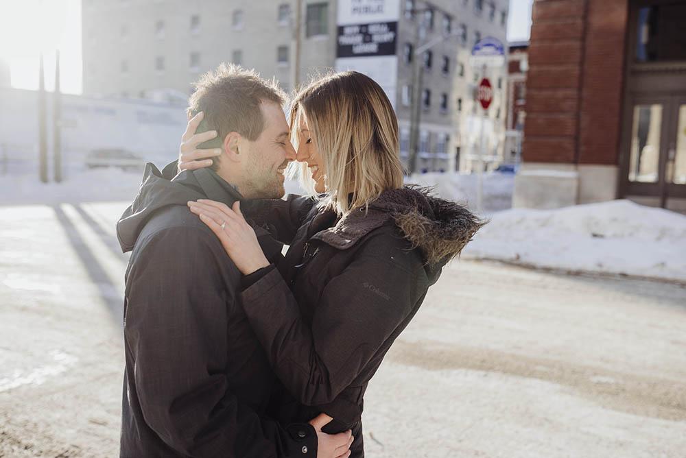 0008winnipeg-winter-engagement-photos-exchange-ingrid-trevor.jpg