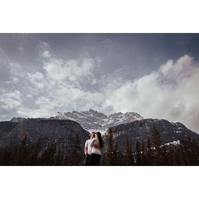 Ulyana + Taras 🖤 . . . . . . #engaged #couples #soloverly #photobugcommunity #loveauthentic #loveandwildhearts #adventuresession #keepexploring #explorealberta #banff #greenweddingshoes #livefolk #adventurealways #togetherweroam #radlovestories #junebugweddings #winnipegweddingphotographer #engagementphotographer #artofvisuals #visualsoflife #beloved #lookslikefilm #picoftheday