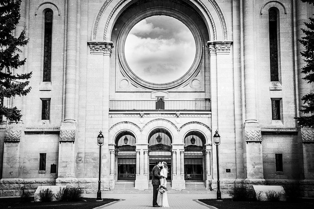 Kristi&Romain_WeddingBlog_StBoniface_May2019-23.jpg
