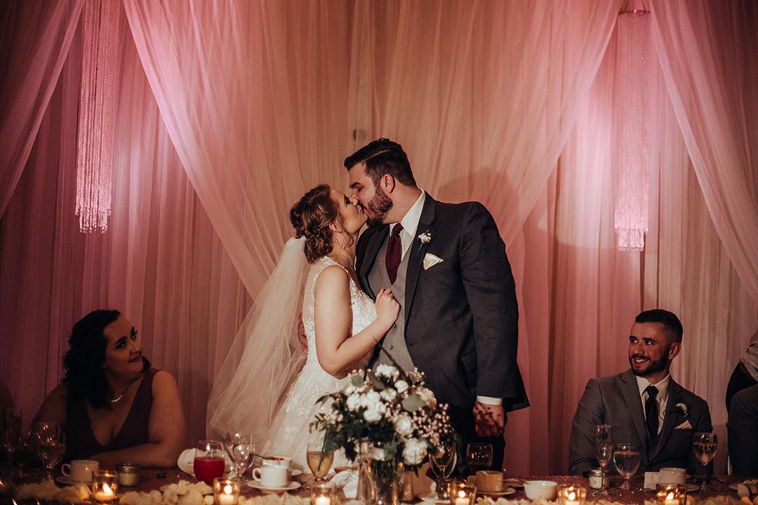Winnipeg Best Western Plus Wedding