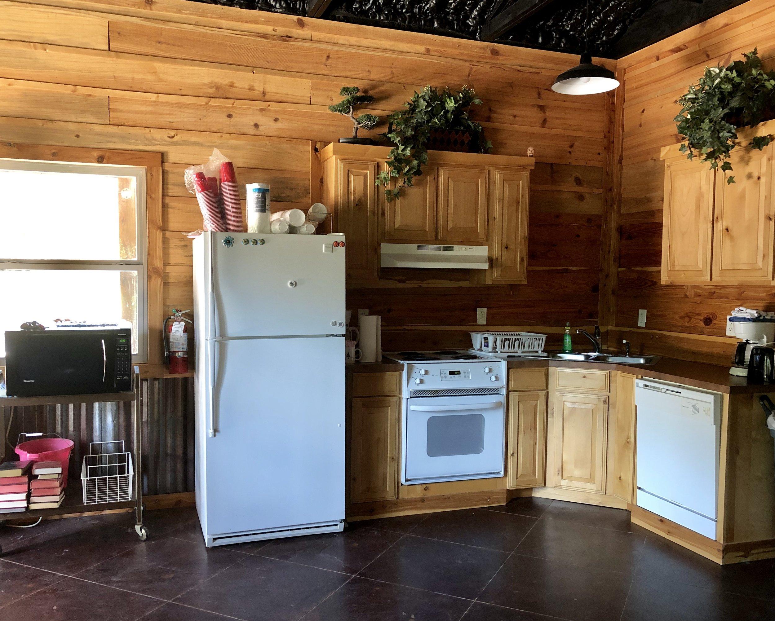 Full kitchen -