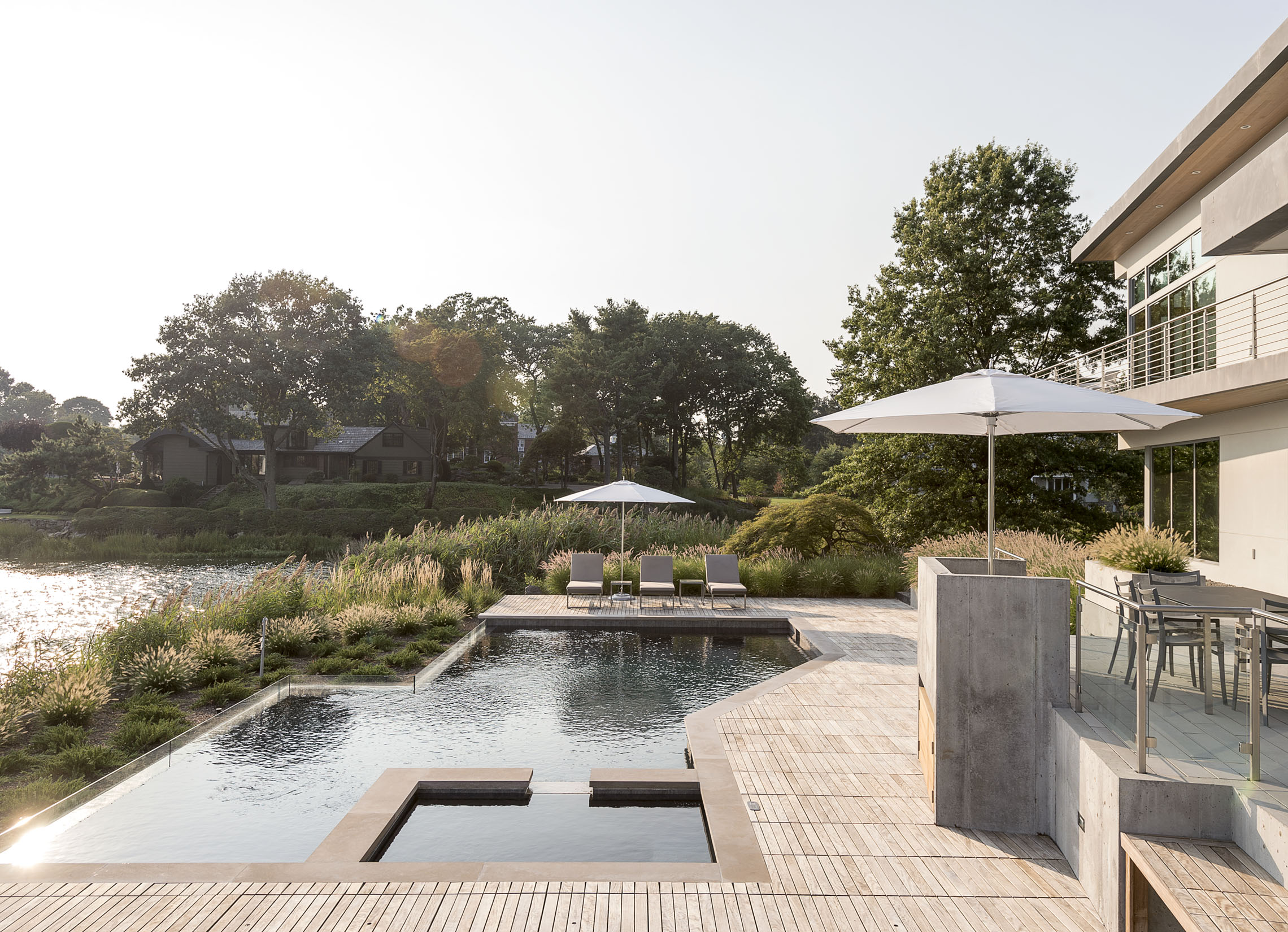 Waterfront luxury pool in long island new york