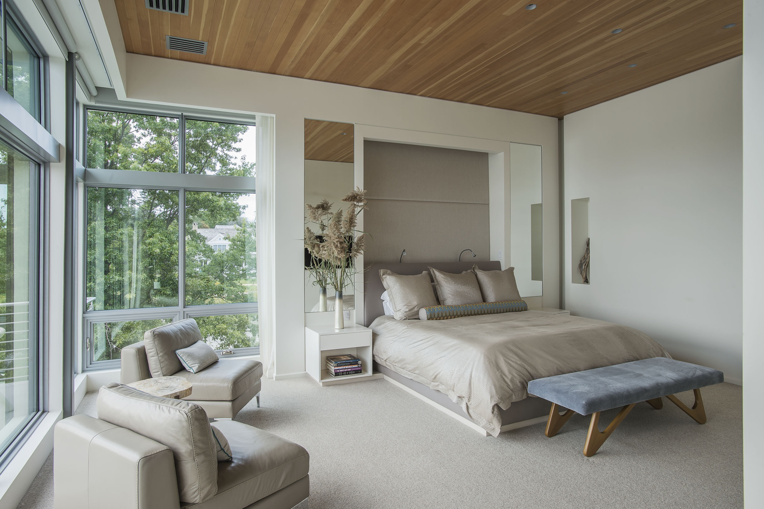 relaxing private luxury bedroom on long island