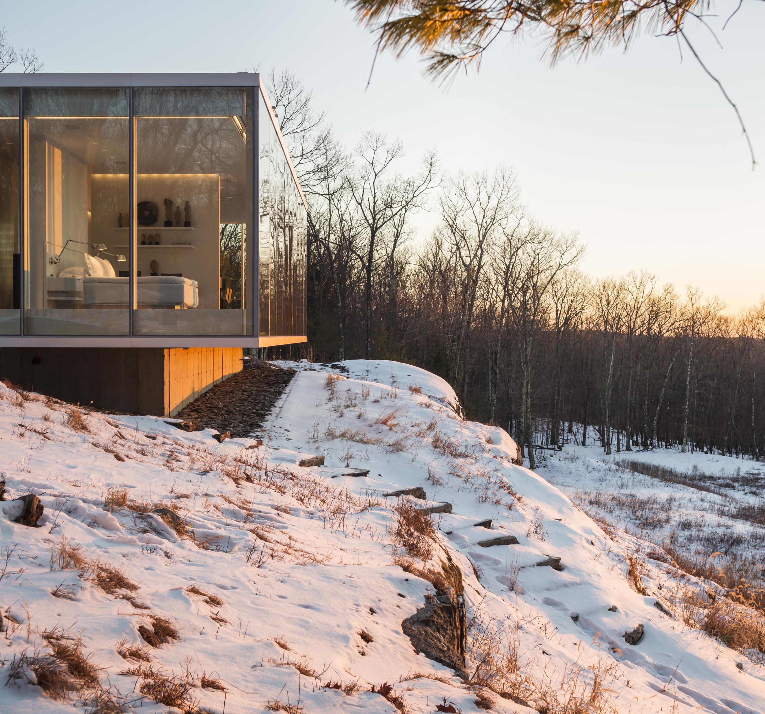 Peaceful winter new york escape