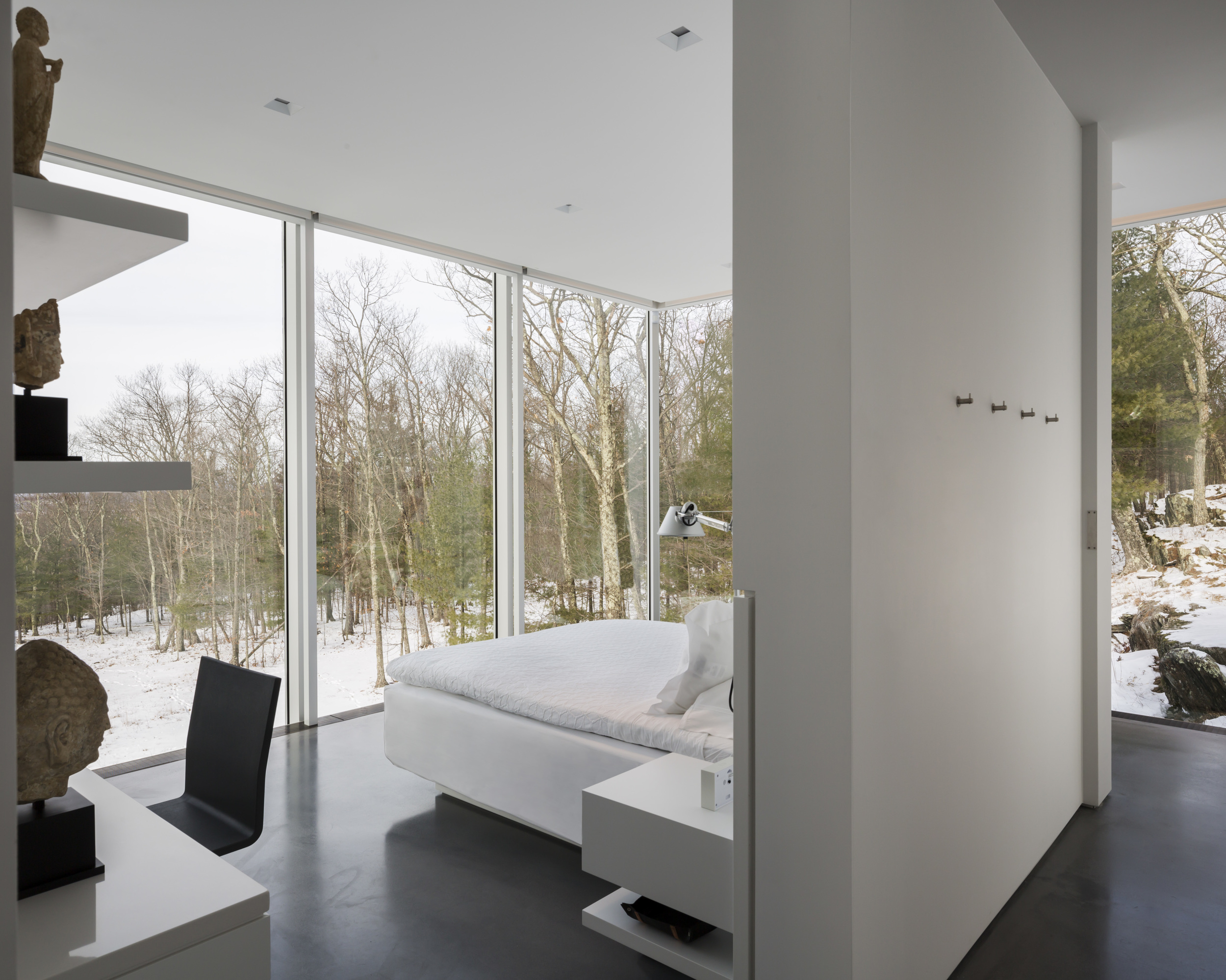 Peaceful modern architecture in new york
