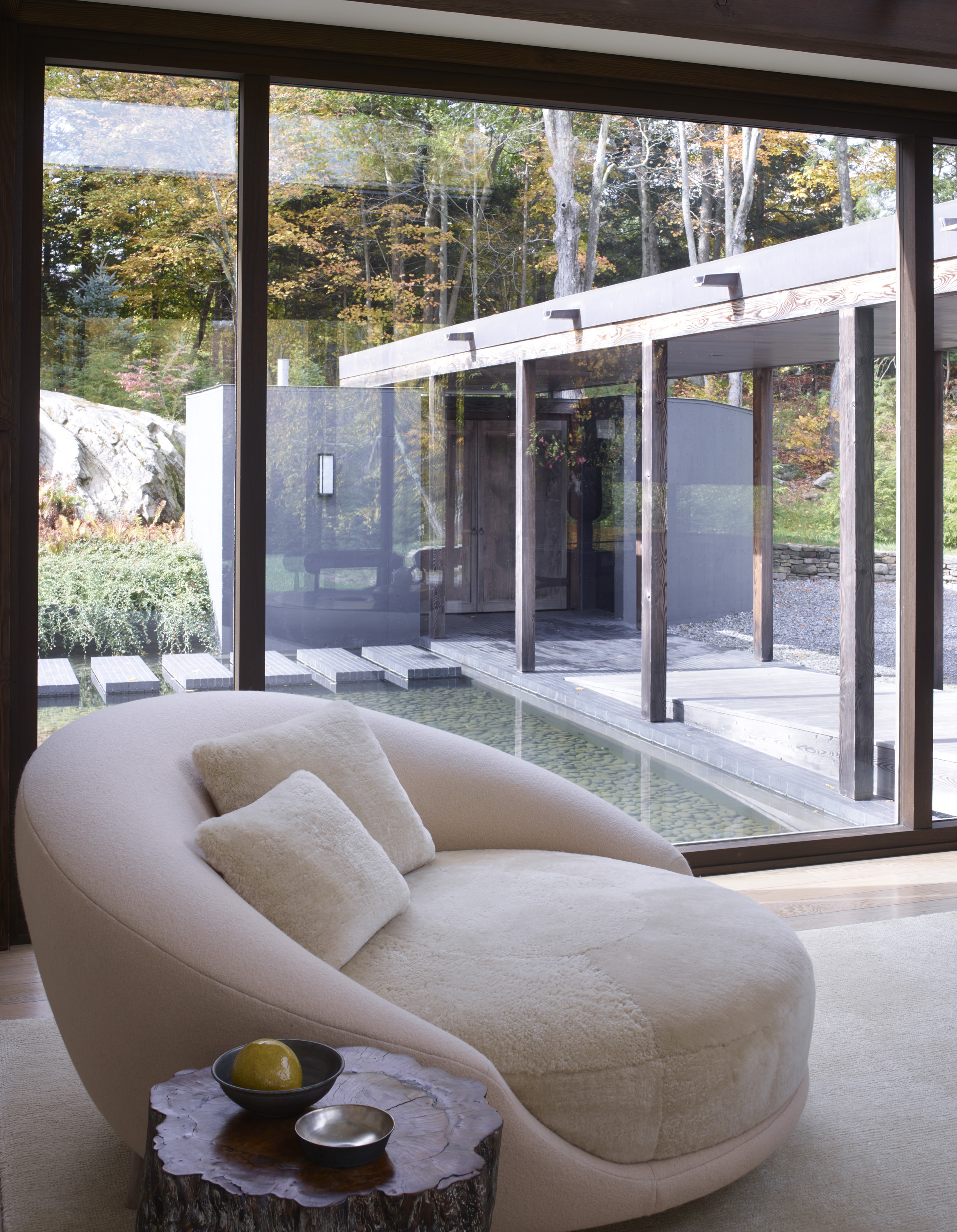 modern architecture and traditional japenese design