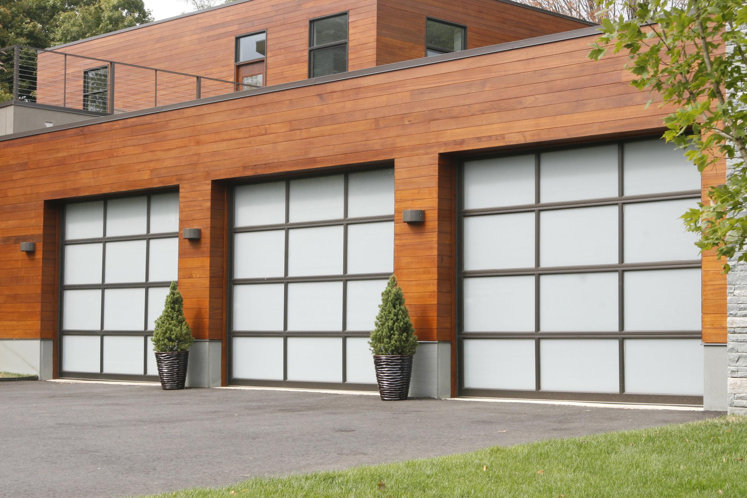 beautiful clean modern garage landscaping