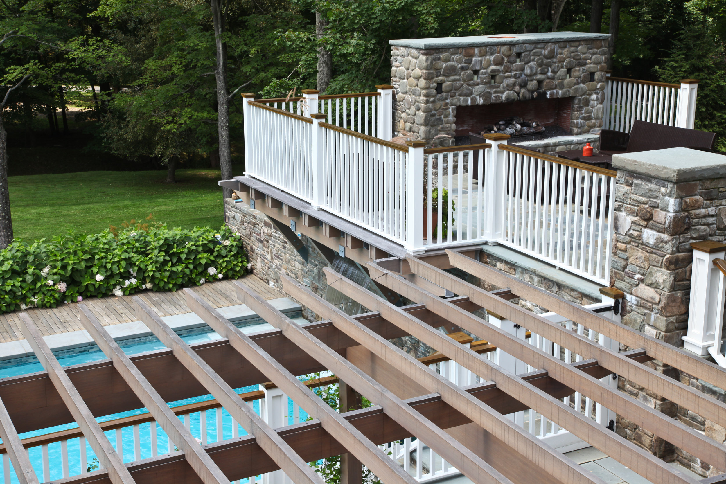 perfect wood crafted trellis pool garden