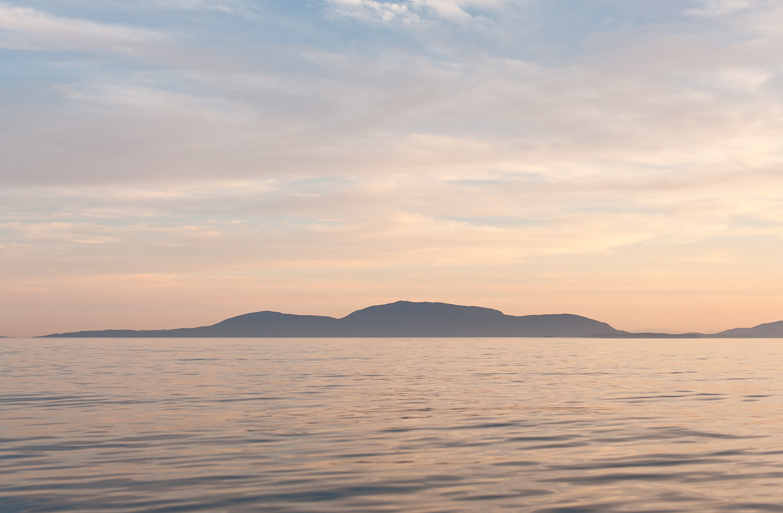 150817_sunset_with_orcas_7652.jpg
