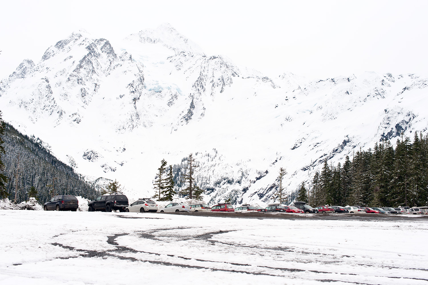 160309_mountains_and_cars_3135.jpg