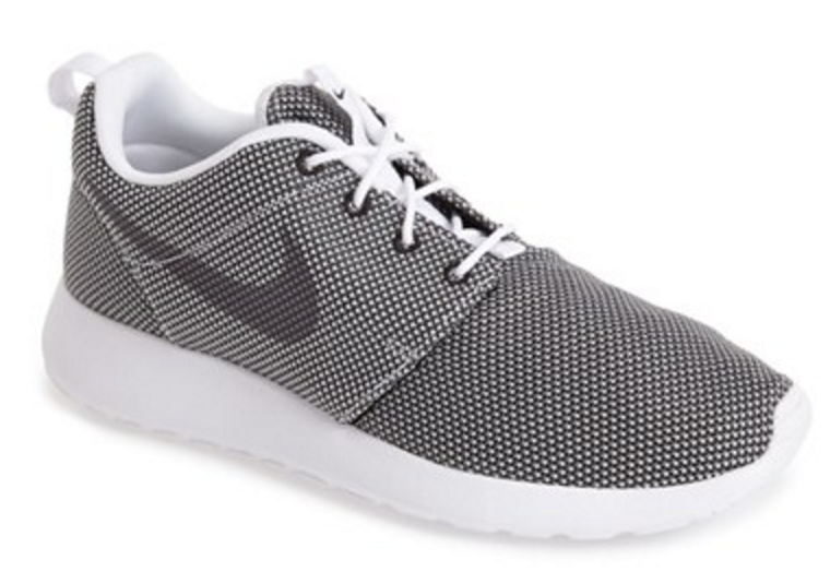 Photo from nordstrom.com (Nike)