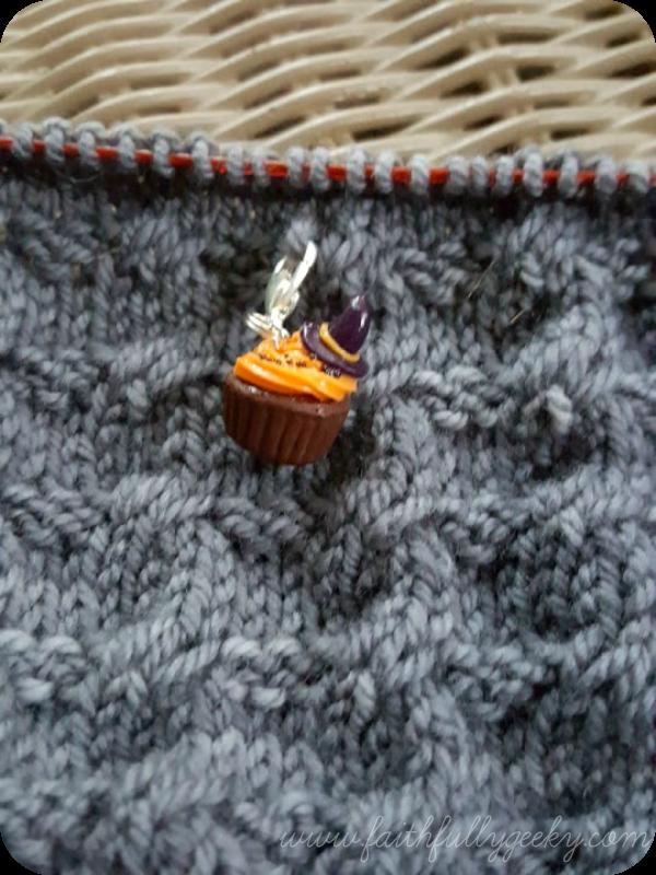 Brighton Pullover  in Quince & Co Chickadee,  Nome Knitter  progress marker