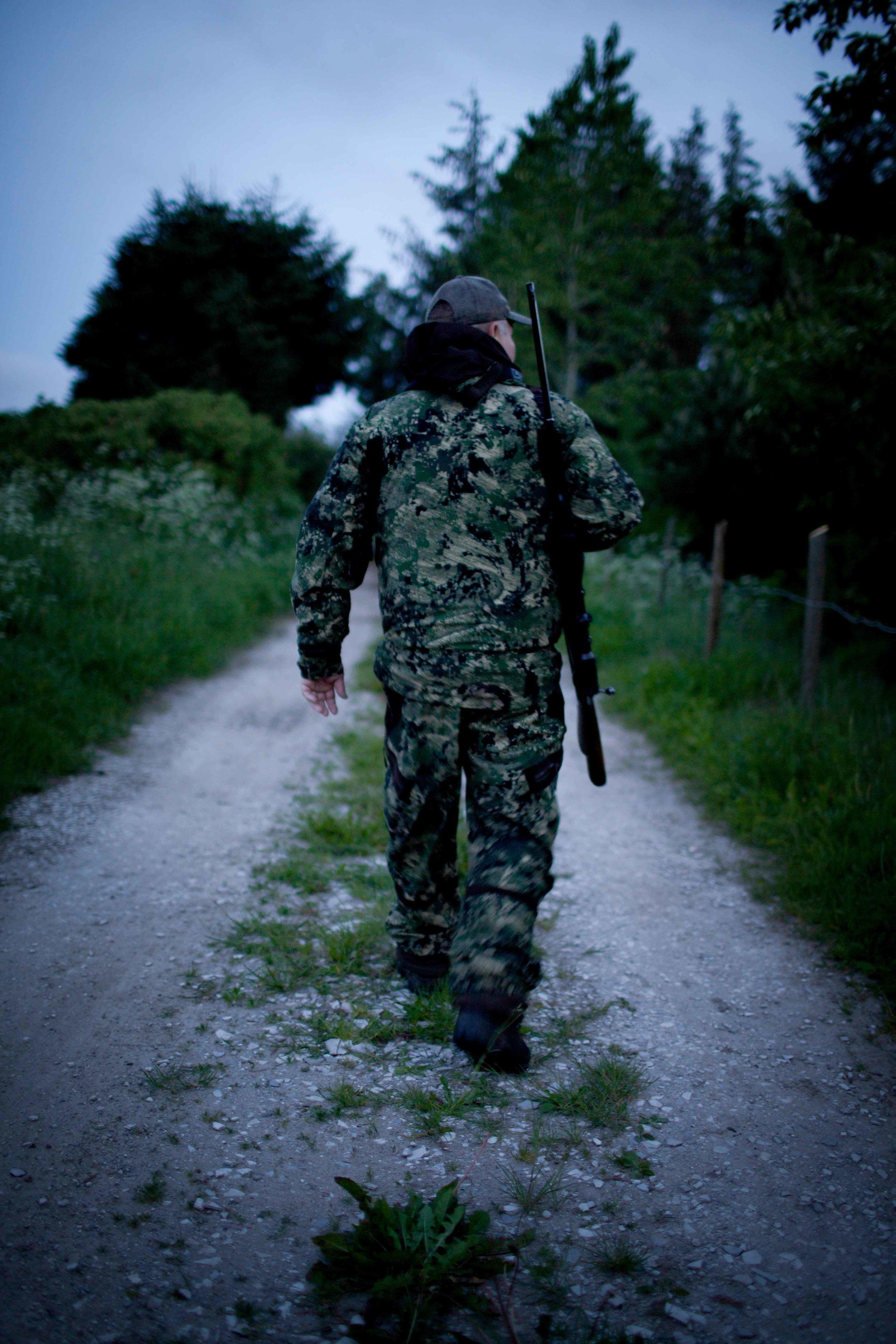 hunting-1.jpg