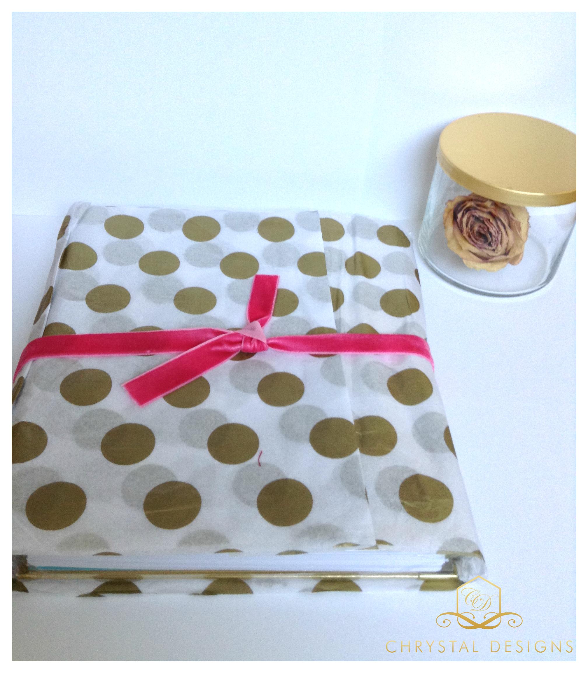Day-Designer-Whitney-English-First-Impression-Polka-Dot-Wrap