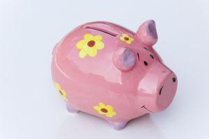 savings-bank-584264-m.jpg