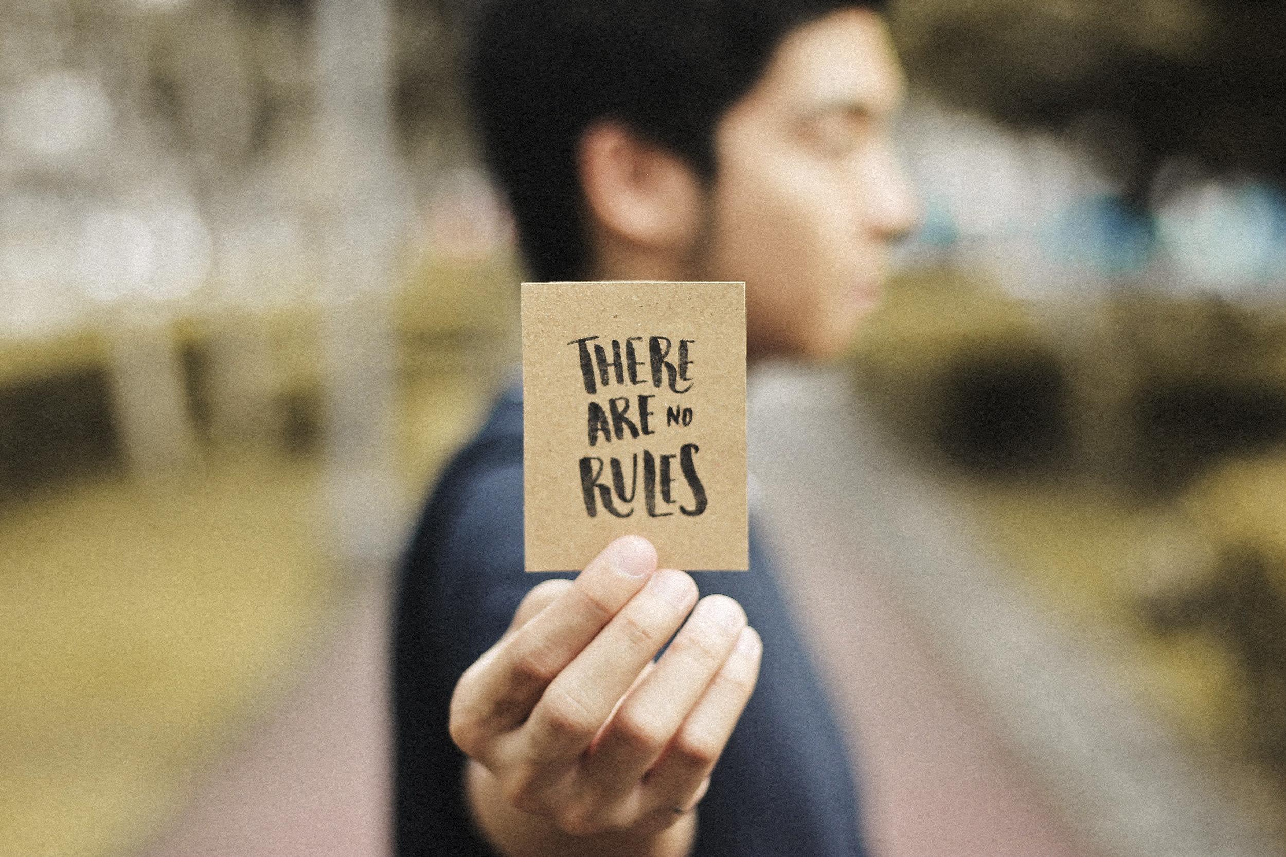 blur-card-city-311716.jpg
