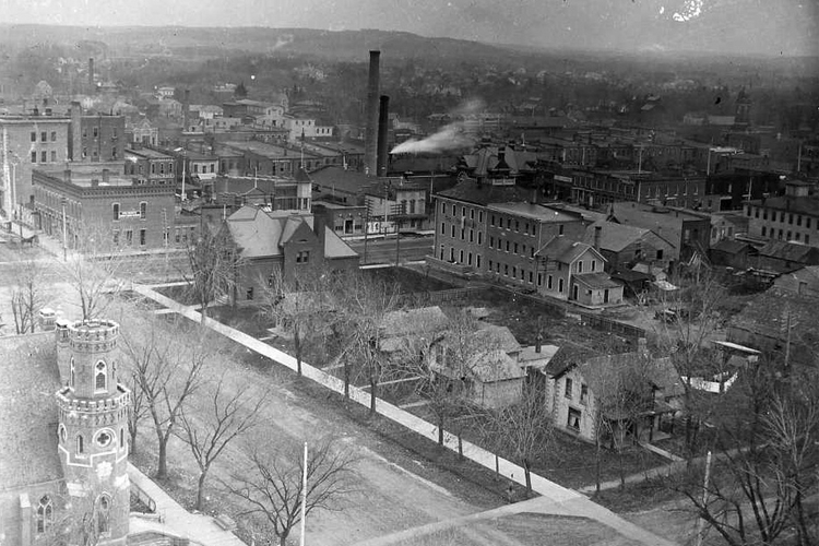 Rochester 1900 / Central School Tower looking southeast / History Center of Olmsted County