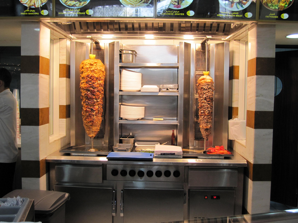 Example of a seasoned shawarma being roasted /  Flickr