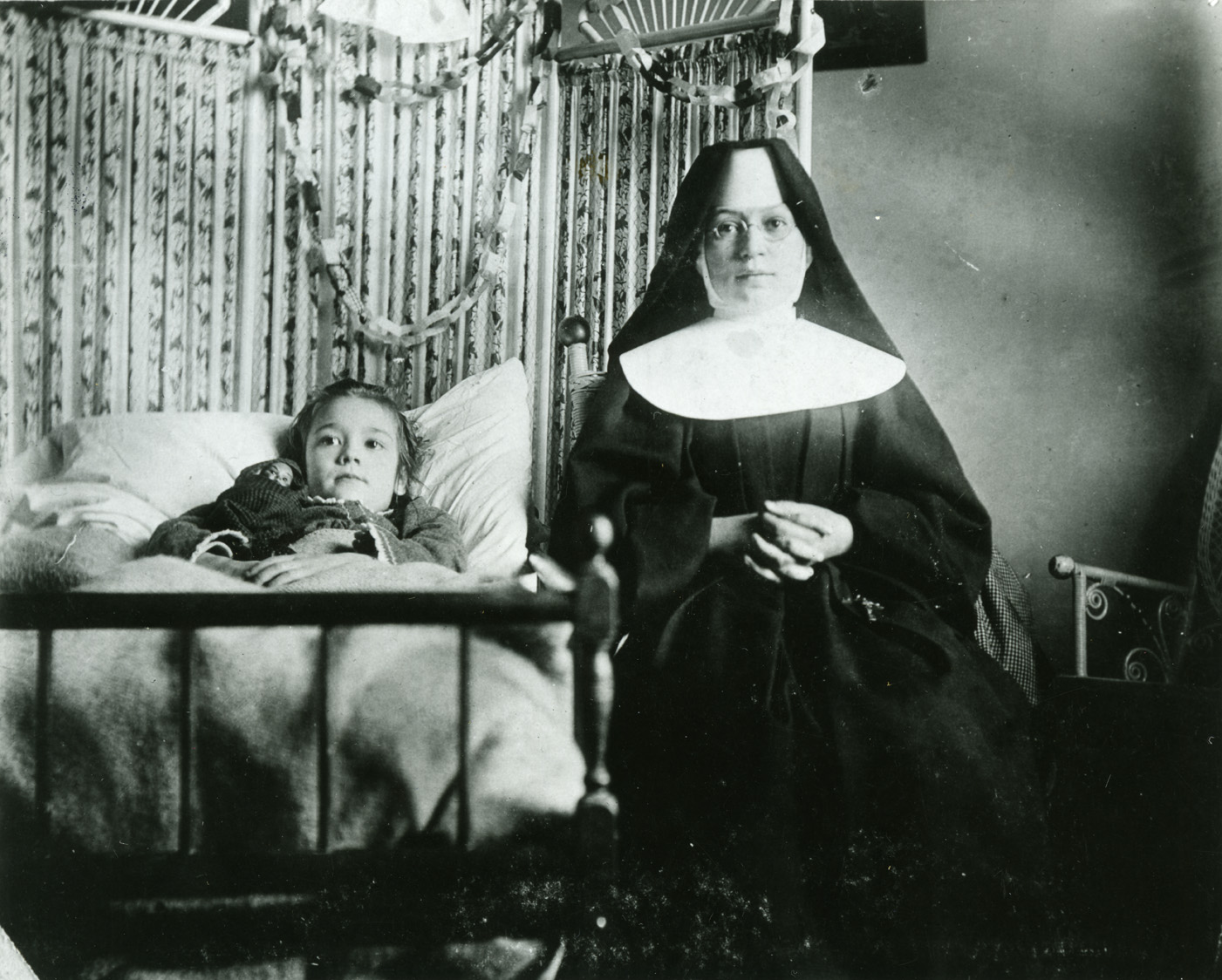 Lucy and Sister Walburger in 1898 at St. Marys Hospital / History Center of Olmsted County