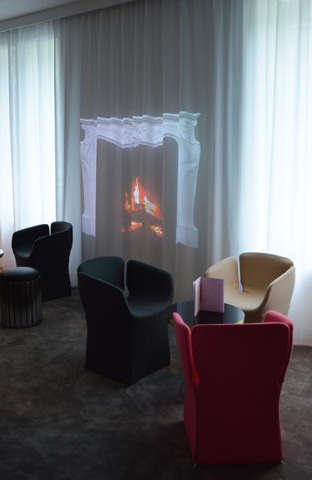 Flavie+Paul hôtel la Demeure Salon 2.jpg