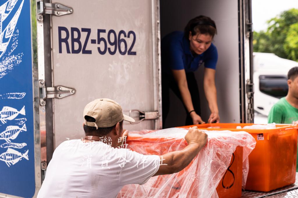 - 立馬運回生產者食品廠處理包裝