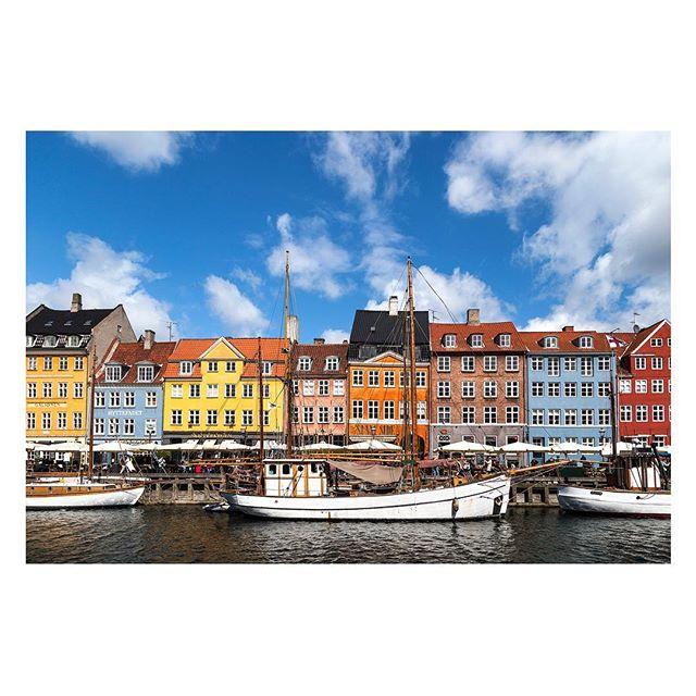 Copenhagen, Denmark 🇩🇰 . . . #copenhagen #denmark #dk #canal #water #city #panorama #view #europe #travel #trip #danish #landscape #outdoor #oldtown l