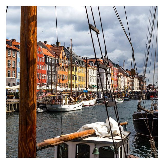 Copenhagen, Denmark 🇩🇰 . . . #copenhagen #denmark #dk #canal #water #city #panorama #view #europe #travel #trip #danish #landscape #outdoor #oldtown
